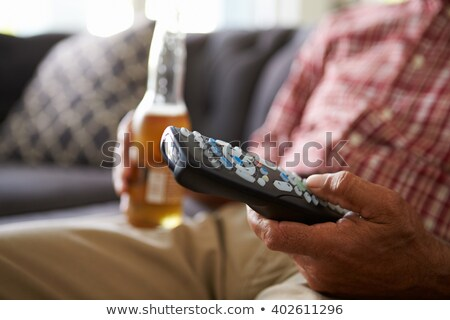 Homem potável álcool alcoolismo Foto stock © dolgachov