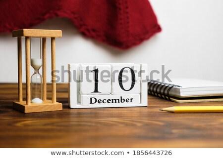 Cubes calendrier décembre rouge blanche icône Photo stock © Oakozhan