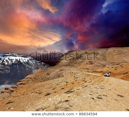 未舗装の道路 谷 ヒマラヤ山脈 車 風景 青 ストックフォト © dmitry_rukhlenko