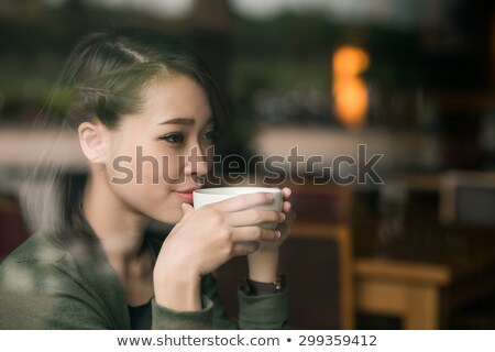 Donna bevanda calda caffè panorama cioccolato sfondo Foto d'archivio © photography33