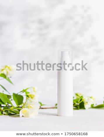 verde · shampoo · bottiglia · isolato · bianco · corpo - foto d'archivio © shutswis