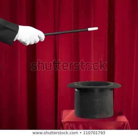 ręce · karty · do · gry · sztuczka · mężczyzna · magik - zdjęcia stock © photosebia