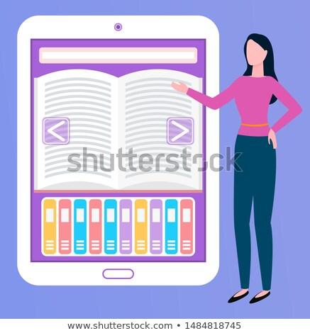 Livre électronique comprimé appareil courtier vecteur femme Photo stock © robuart