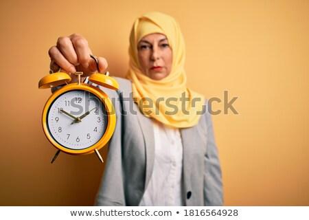 ストックフォト: ムスリム · ビジネス女性 · 目覚まし時計