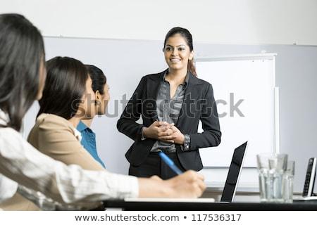 Indiai nő üzlet bemutató pénzügyi diagram Stock fotó © studioworkstock