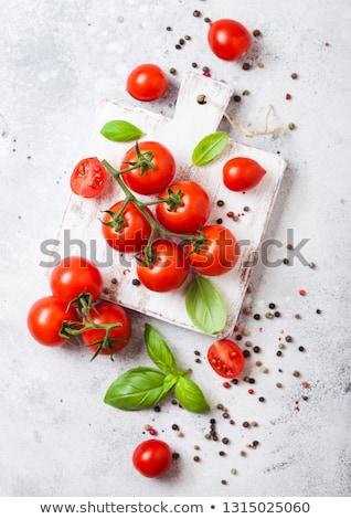 Stockfoto: Organisch · kerstomaatjes · wijnstok · basilicum · peper · witte