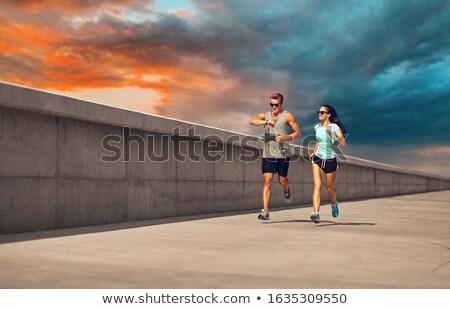 Para fitness uruchomiony molo sportu technologii Zdjęcia stock © dolgachov