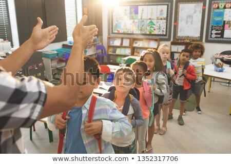 мнение школы дети Постоянный очередь Сток-фото © wavebreak_media