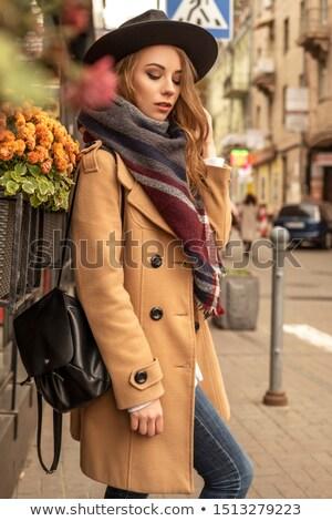 portrait · séduisant · puce · femme · dame · ciel - photo stock © alekleks