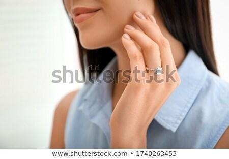 Heureux engagé femme jeune femme diamant Photo stock © ArenaCreative