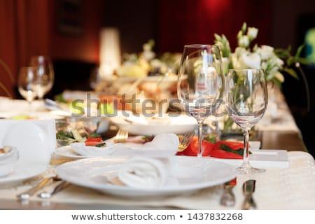 mesa · de · jantar · conjunto · para · cima · restaurante · água · vinho - foto stock © smuay