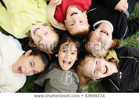 Foto stock: Felicidade · feliz · crianças · juntos · ao · ar · livre