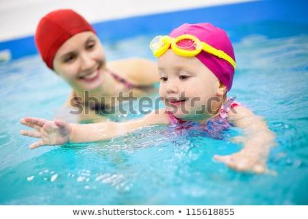 mulher · jovem · natação · subaquático · piscina · mergulho - foto stock © dashapetrenko