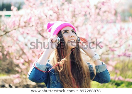 Engraçado rosa mp3 player vetor desenho animado tecnologia Foto stock © pcanzo