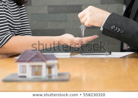 Otthon vásárol siker ingatlan tulajdon tulajdonjog Stock fotó © Lightsource