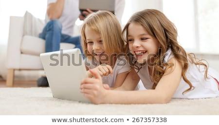 gyerekek · laptopok · magasról · fotózva · kilátás · gyerekek · laptop · számítógép - stock fotó © lunamarina