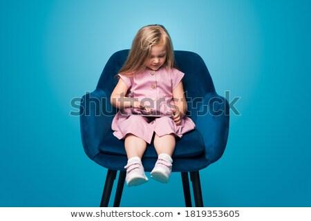 sessão · poltrona · comprimido · mulher · jovem · velho · escolas - foto stock © filipw