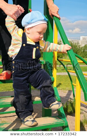 weinig · jongen · spelen · trap · gelukkig · vergadering - stockfoto © paha_l