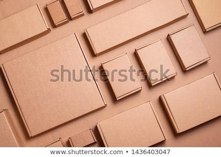 Kutu paketleme malzemeler kahverengi kutuları göstermek Stok fotoğraf © klsbear