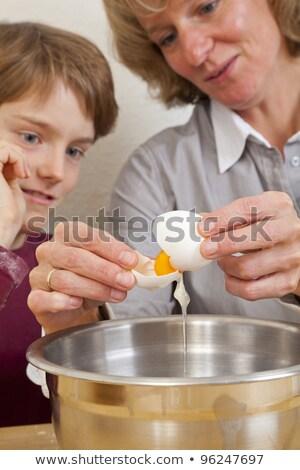 красивый матери сын кухне Cookies Сток-фото © wavebreak_media
