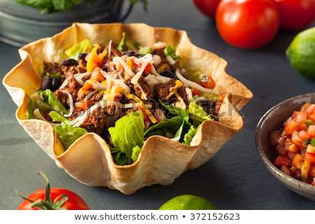 牛肉 · タコス · サラダ · トマト · メキシコ料理 · 食事 - ストックフォト © M-studio