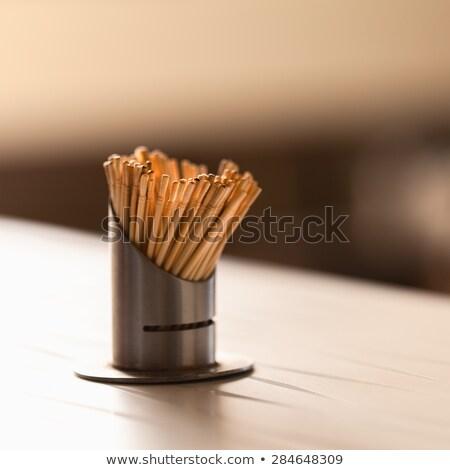 木製 · グレー · 洗浄 · 歯 · 食事 - ストックフォト © ziprashantzi