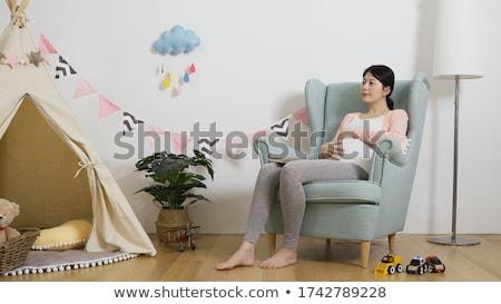 妊婦 · 椅子 · 小さな · 新しい · 母親 · 幸せ - ストックフォト © DNF-Style