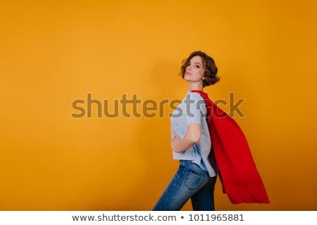 сильный · деловая · женщина · позируют · привлекательный · оружия · сложенный - Сток-фото © elnur