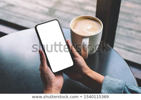 女性 ルックス 画面 スマートフォン カフェテリア 電話 ストックフォト © ssuaphoto