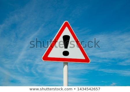 vermelho · assinar · perigo · triângulo · placa · sinalizadora · isolado - foto stock © milsiart