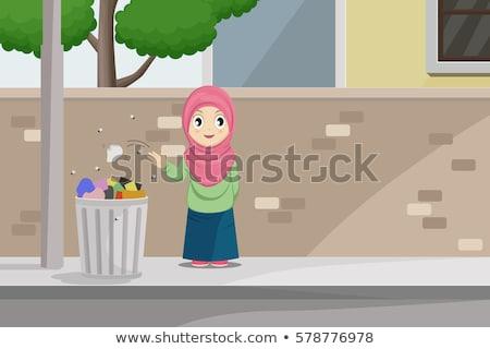 мусульманских женщину далеко мусор иллюстрация Сток-фото © artisticco