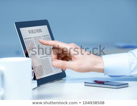 hírek · digitális · tabletta · táblagép · képernyő · munka - stock fotó © wavebreak_media