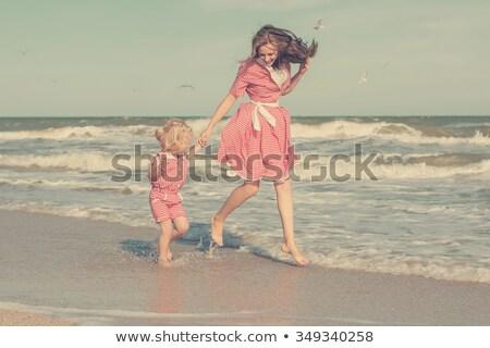 小さな · 美しい · 母親 · 娘 · 楽しい - ストックフォト © travnikovstudio