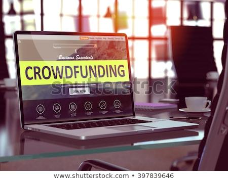 Kalabalık modern dizüstü bilgisayar ekran farklı ofis Stok fotoğraf © tashatuvango