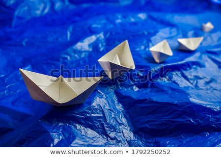 игрушку · паруса · лодка · деревянная · игрушка · пляж · воды - Сток-фото © cherezoff