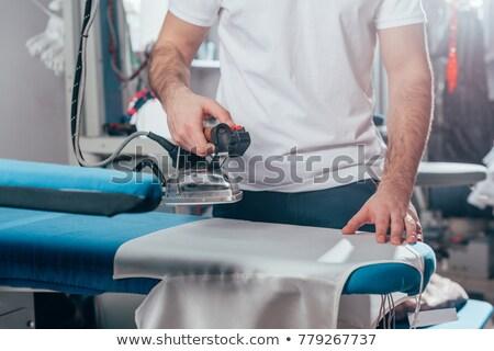 Tiro sastre trabajo femenino la máquina de coser Foto stock © dash