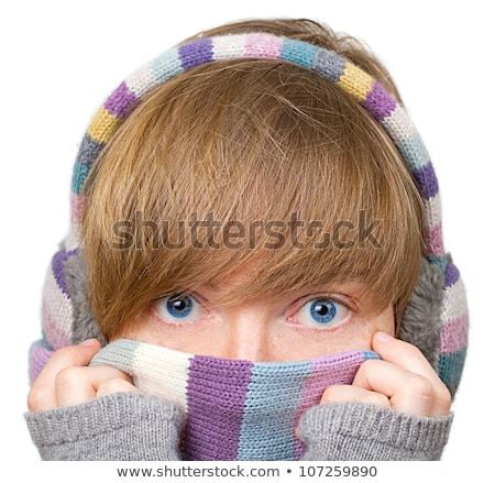 Jeune femme vêtements chauds visage main Photo stock © bmonteny