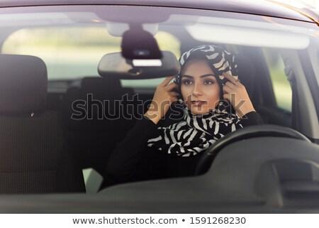 Jonge vrouw hoofddoek rijden auto meisje Stockfoto © zurijeta