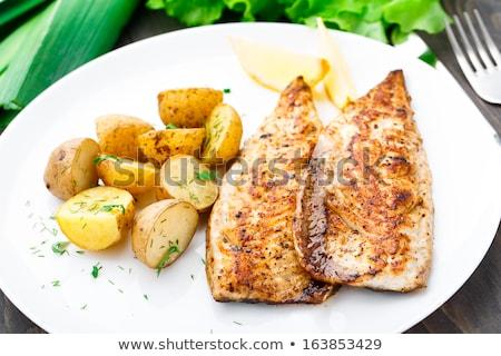 Ropogós makréla krumpli darabok új étel Stock fotó © Digifoodstock