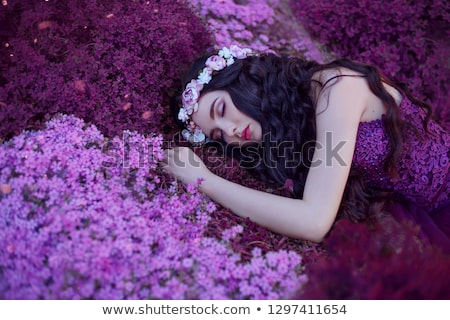 Gyönyörű lány lila paróka virágok gyönyörű fiatal nő Stock fotó © svetography