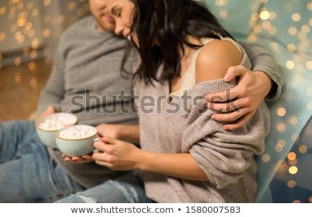 casal · potável · chocolate · quente · casa · lazer - foto stock © dolgachov