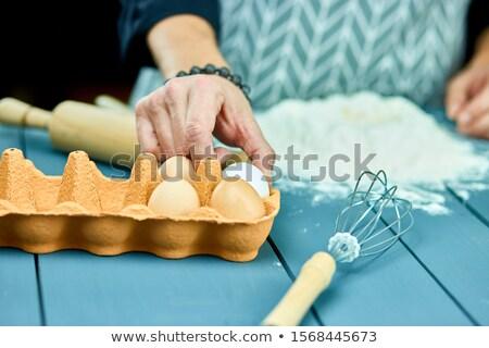 Masculina manos crudo huevo harina Foto stock © Illia