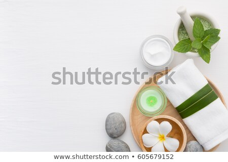 spa · pierres · pyramide · fleur · isolé · blanche - photo stock © sandralise