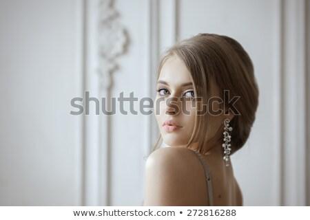 Stockfoto: Portret · mooie · blond · bruid · studio · hand