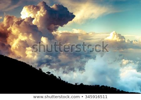 Dramatik bulutlar mavi gökyüzü gökyüzü güzellik manzaralı Stok fotoğraf © toaster