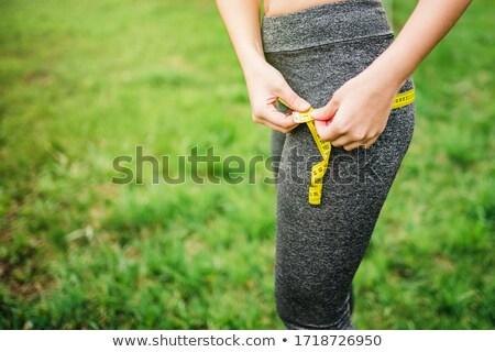 Mujer muslo blanco fitness ejercicio piel Foto stock © Nobilior