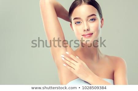 Portret jonge vrouwelijke oksel badkamer douche Stockfoto © HASLOO