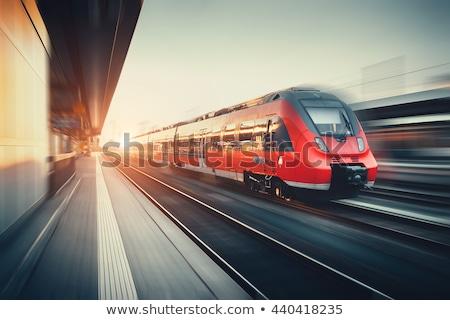 ストックフォト: 赤 · 鉄道 · 運動 · 駅 · 雲 · 金属