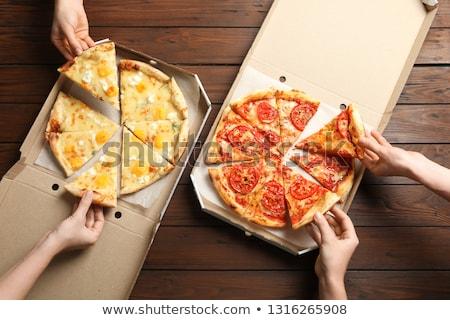 Hot vers pizza Open vak geïsoleerd Stockfoto © OleksandrO