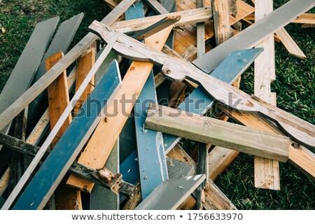 gebouw · timmerhout · bouwplaats · hout · achtergrond - stockfoto © feverpitch